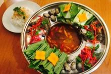 ピリ辛!野菜たっぷり海鮮鍋
