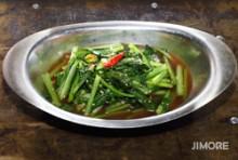 タイ屋台式青菜炒め