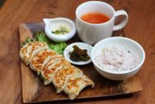 蒼餃子セット(ライス+スープ+サラダ)※ライスお替り自由