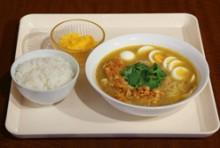 【ランチ】Dセット:モヒンガー(魚と豆の麺料理)