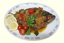 ガー・ペガピ・チンサッ(ピラニアとミャンマー納豆の揚煮)