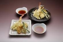 4種類の天ぷら盛り合わせ