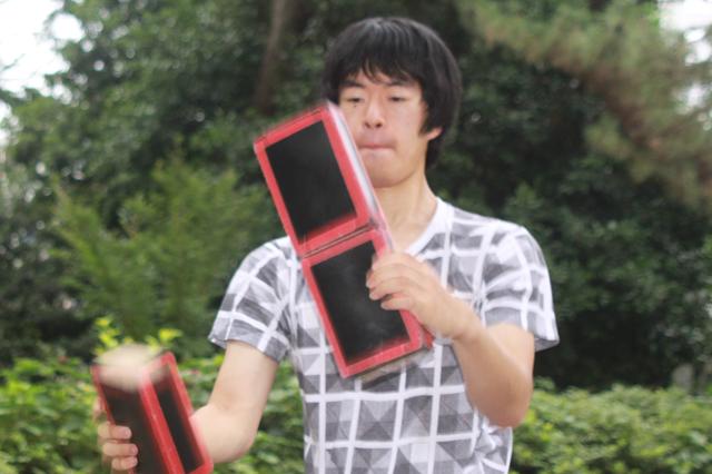 シガーボックスが空中で踊る!躍る!!早稲田大学ジャグリングサークルいんふぃにtyの畑中さん
