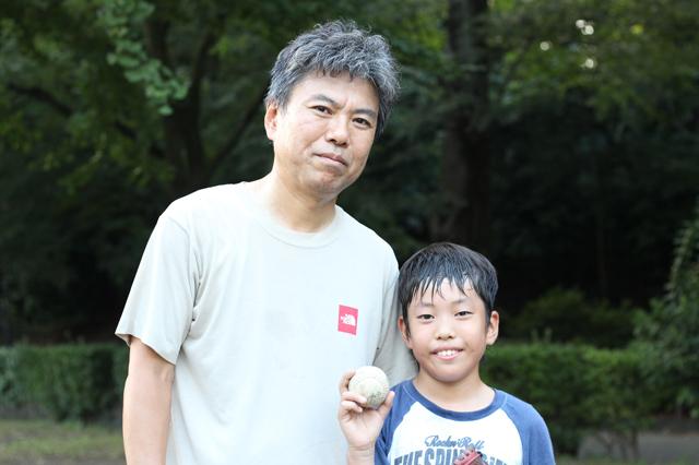 戸山公園でキャッチボールをしていた☆仲村さんとお子さん2