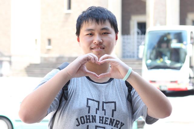 20160829観光で早稲田大学に訪れた☆江さん