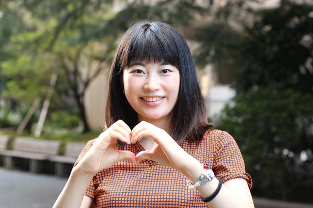 おっとりした喋り方でとってもかわいい☆青木さん2