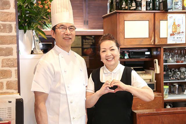 20170707_創業44年の名店「キッチン谷沢」のシェフとおかみさんとで